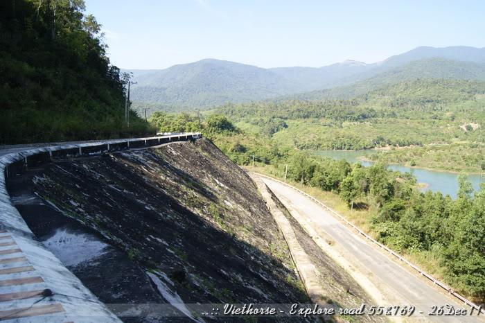 _DSC0427.jpg /::: Vietnam - ACE MTSG - Day trip to explore new roads/Vietnam - Motorcycle Trip Report Forums/  - Image by: