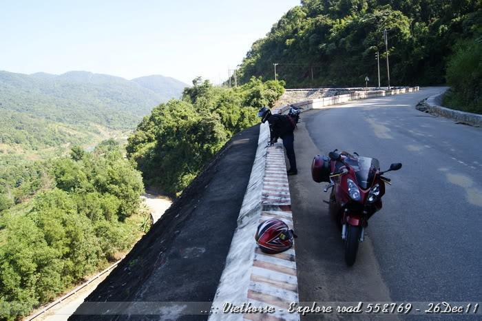 _DSC0436.jpg /::: Vietnam - ACE MTSG - Day trip to explore new roads/Vietnam - Motorcycle Trip Report Forums/  - Image by: