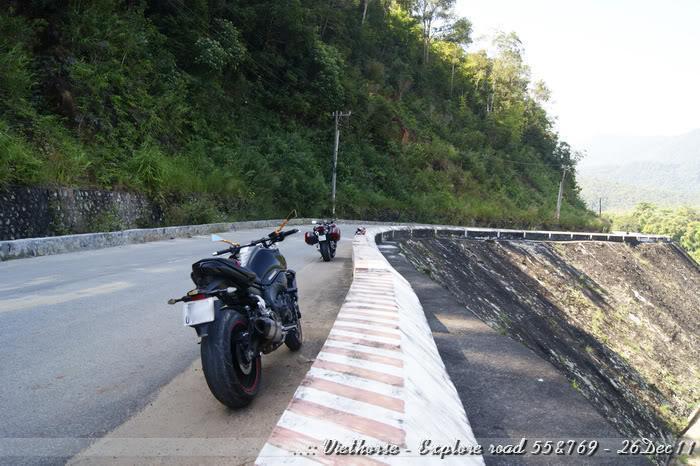 _DSC0448.jpg /::: Vietnam - ACE MTSG - Day trip to explore new roads/Vietnam - Motorcycle Trip Report Forums/  - Image by:
