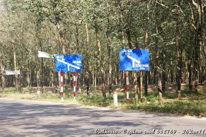 _DSC0473.jpg /::: Vietnam - ACE MTSG - Day trip to explore new roads/Vietnam - Motorcycle Trip Report Forums/  - Image by: