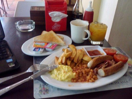 a-good-hearty-breakfast.