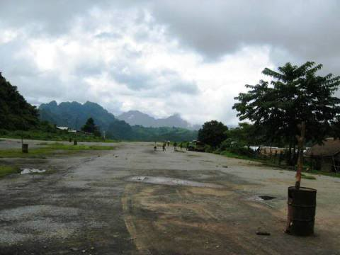 Airstrip4.jpg /Near Vang Vien - in the special zone / bad storie/Laos Road  Trip Reports/  - Image by: