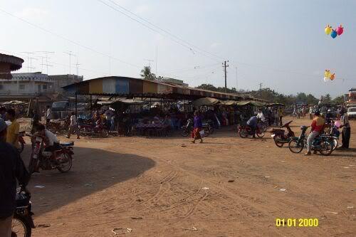 AngTasaom-market10.