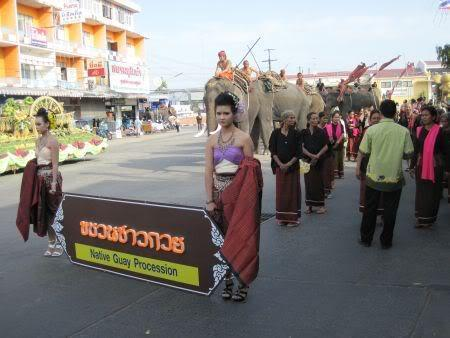 backofthebus.jpg /Surin...The Elephant Festival pix/N.E. Thailand Motorcycle Trip Report Forums/  - Image by: