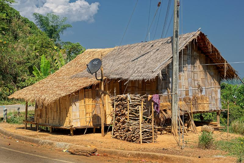bamboo-house-sat-tv-small.
