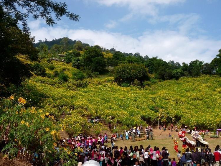 ban-hua-mae-kham-festival-1.