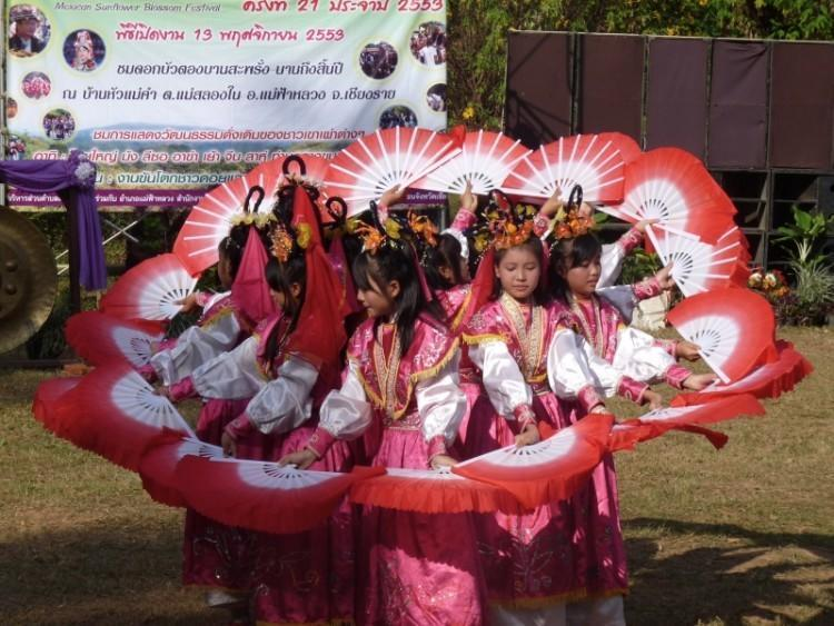 ban-hua-mae-kham-festival-12.