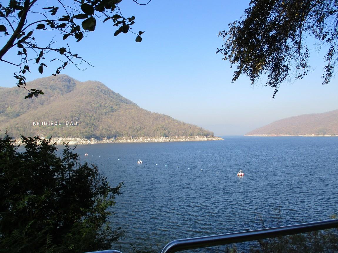 Bhumipol-Dam-area (11).JPG