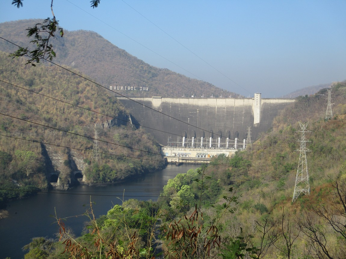 Bhumipol-Dam-area (9).JPG