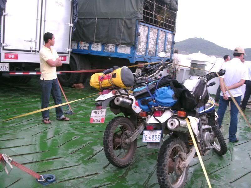 bikes-boat-1.