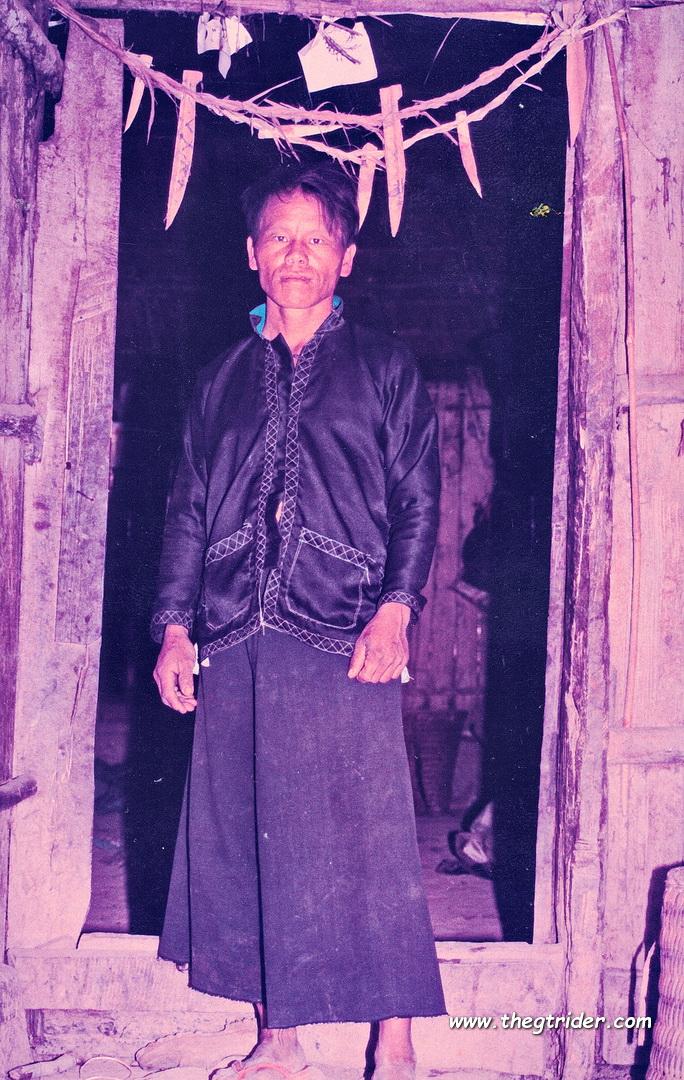 Black-Hmong-HuayLuk-Late1980s-2.JPG