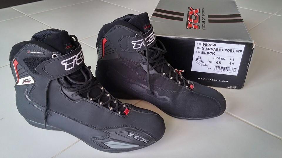 Boots_zpsps0b6jxz.