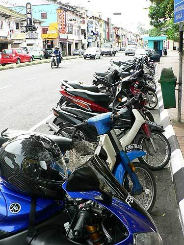 borneo04.jpg /The R1's Borneo Romp/Malaysia - Motorcycle Road Trip Reports Forum/  - Image by: