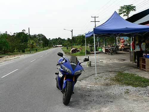 borneo18.jpg /The R1's Borneo Romp/Malaysia - Motorcycle Road Trip Reports Forum/  - Image by: