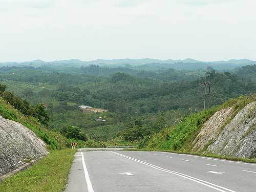 borneo28.jpg /The R1's Borneo Romp/Malaysia - Motorcycle Road Trip Reports Forum/  - Image by:
