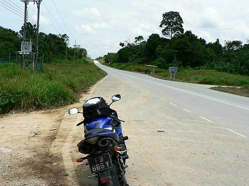 borneo40.jpg /The R1's Borneo Romp/Malaysia - Motorcycle Road Trip Reports Forum/  - Image by: