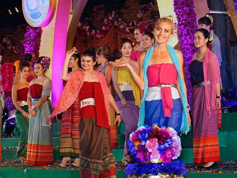 chiang-mai-flower-festival-11-small.