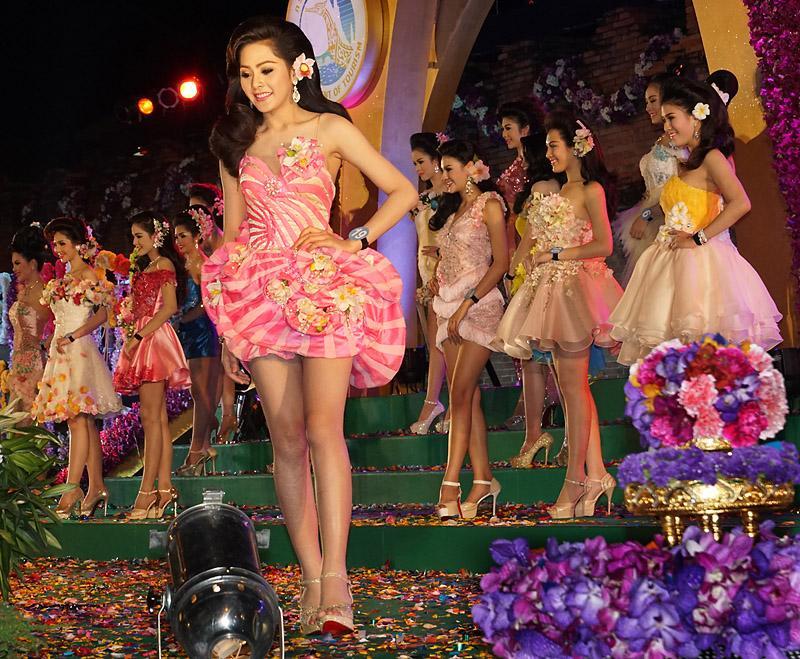 chiang-mai-flower-festival-15-small.