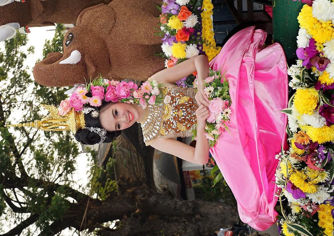 chiang-mai-flower-festival-24-small.