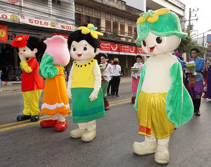 chiang-mai-flower-festival-29-small.