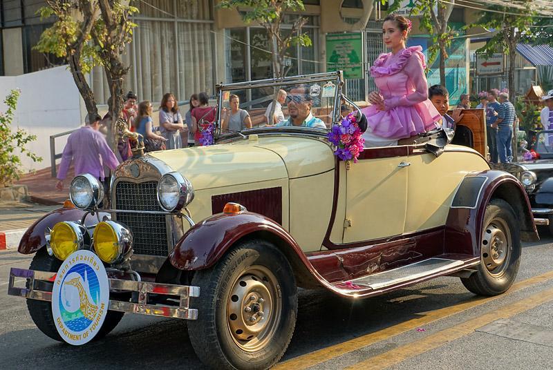 chiang-mai-flower-festival-37-small.