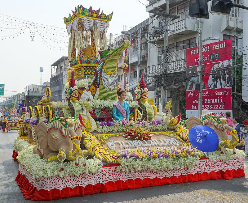 chiang-mai-flower-festival-43-small.