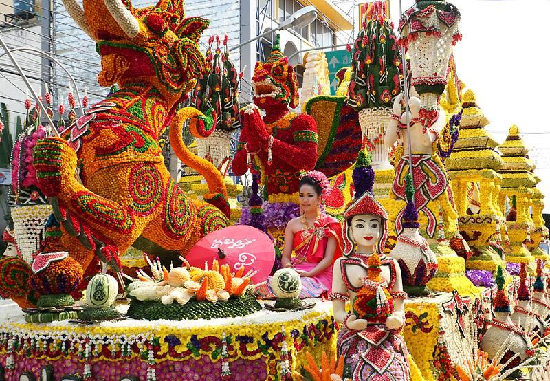 chiang-mai-flower-festival-47-small.