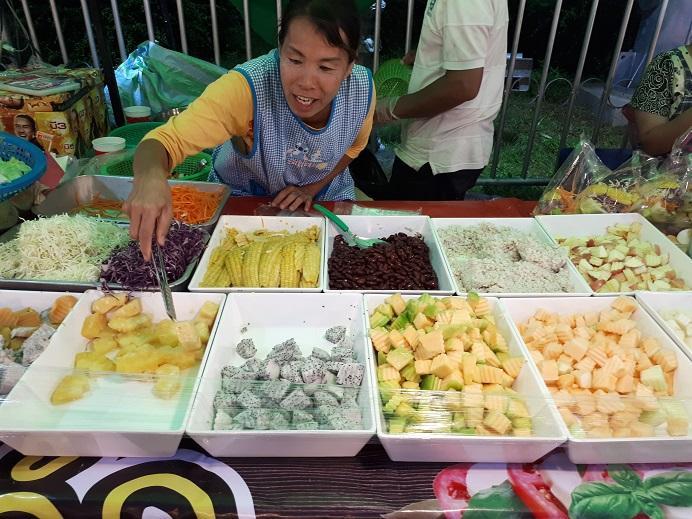 Chiang Rai Market (1).jpg