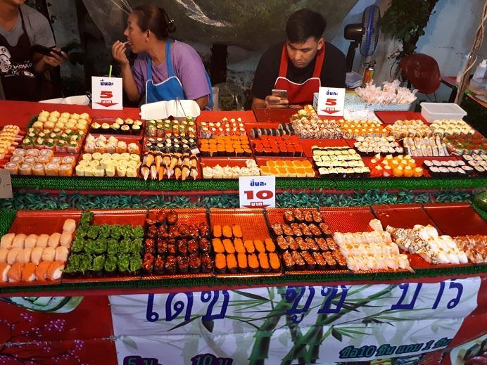 Chiang Rai Market (2).jpg
