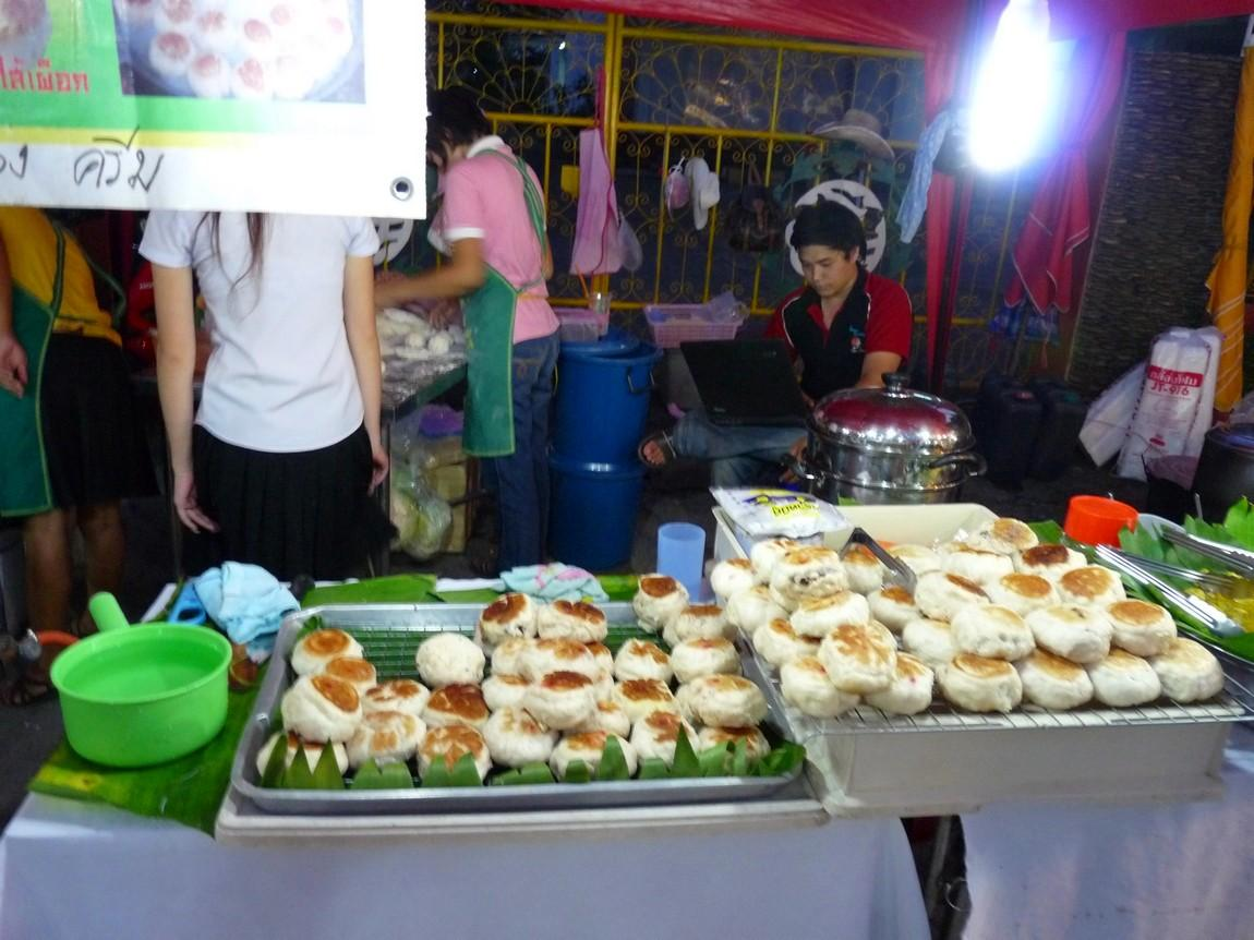 chiang-rai-walking-street-market-15.