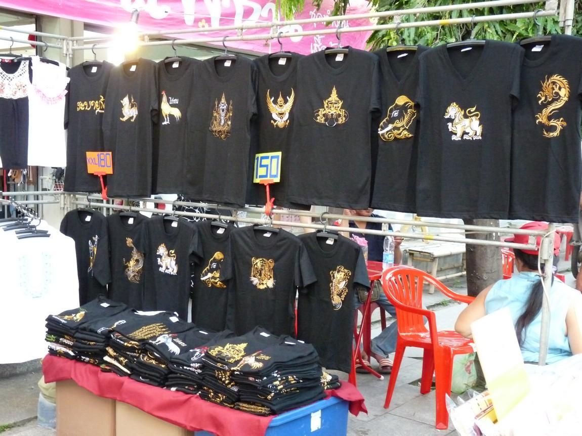 chiang-rai-walking-street-market-4.