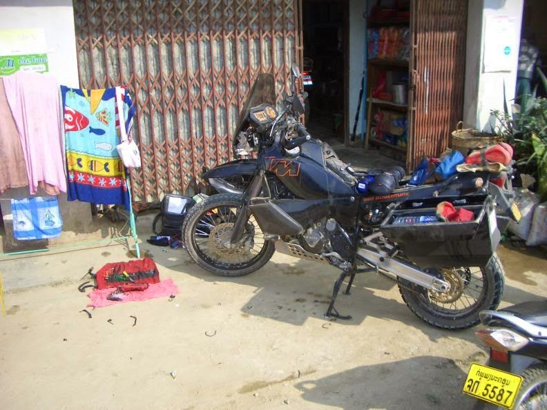 CIMG0979.jpg /Holidays in Laos + Lima 85/Laos Road  Trip Reports/  - Image by: