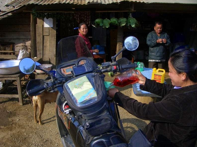 CIMG1022.jpg /Holidays in Laos + Lima 85/Laos Road  Trip Reports/  - Image by: