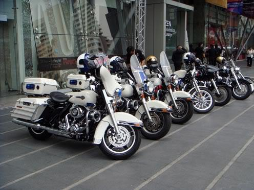 Cops2.