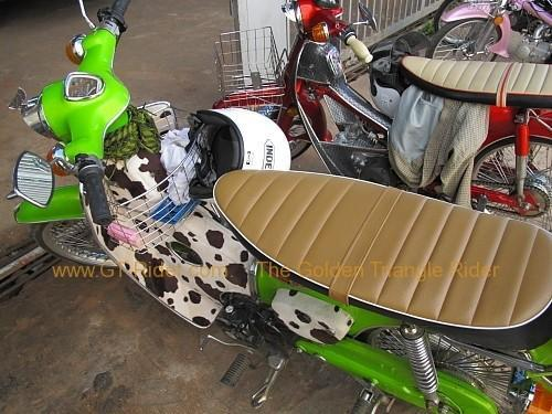 dan-sai-motorbikes-phi-ta-khon-festival-2010-005.