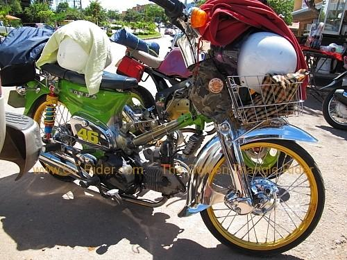dan-sai-motorbikes-phi-ta-khon-festival-2010-006.