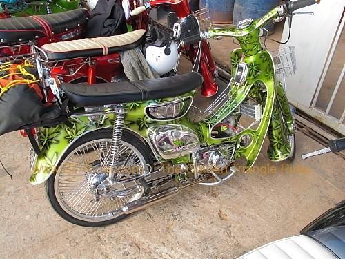 dan-sai-motorbikes-phi-ta-khon-festival-2010-008.