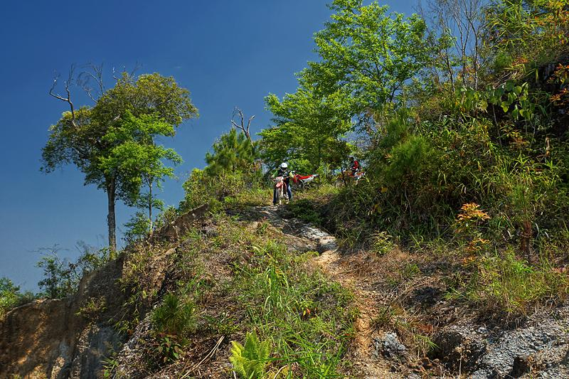doi-mae-salong-dirt-road-2-small.