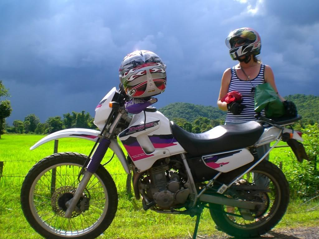 DonKhong.jpg /Laos - Riding What You Got!/Laos Road  Trip Reports/  - Image by:
