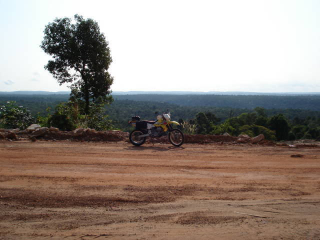 DSC00283.jpg /Sihanoukville to Koh Kong/Cambodia Motorcycle Trip Report Forums/  - Image by: