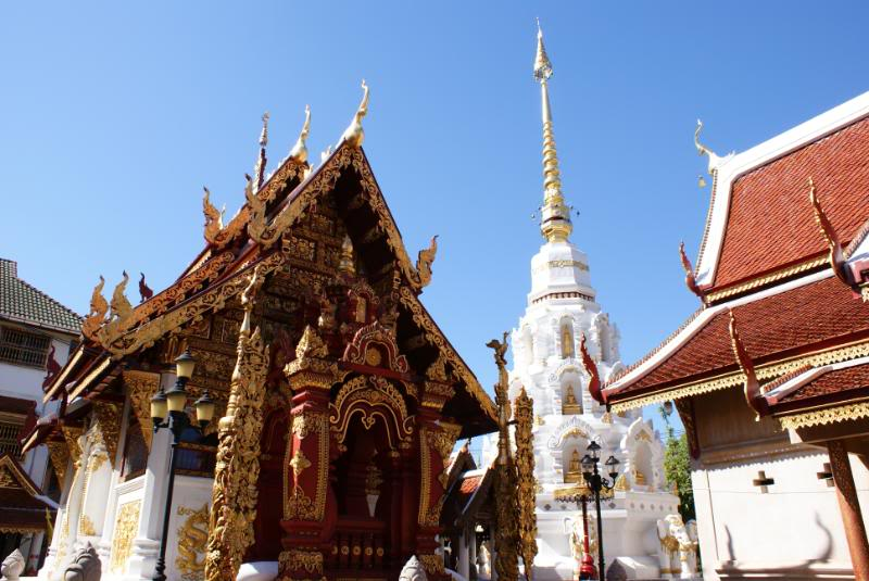 DSC00780.jpg /Trip Video/Touring Northern Thailand - Trip Reports Forum/  - Image by: