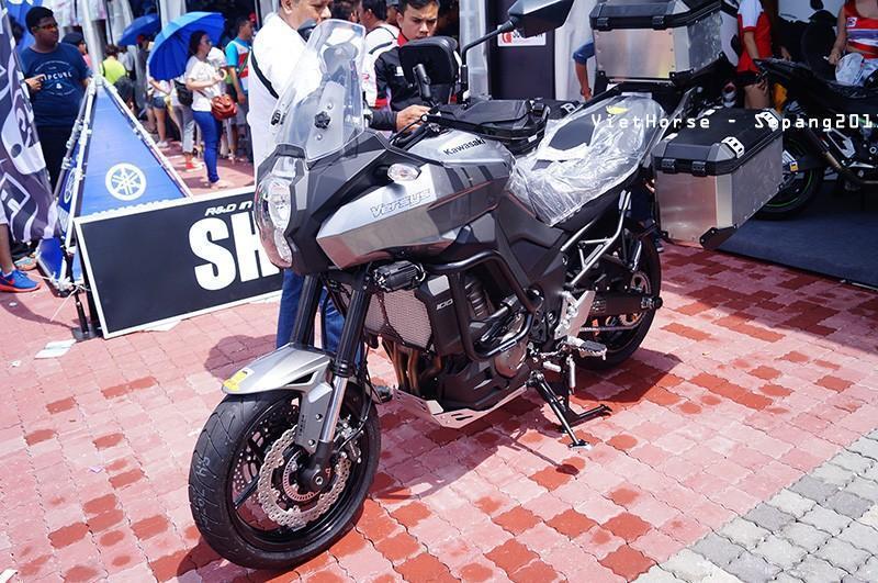 DSC01159_zpsfe32ce2a.jpg /2014 Versys re-styled?/Kawasaki Big Bikes Thailand/  - Image by: