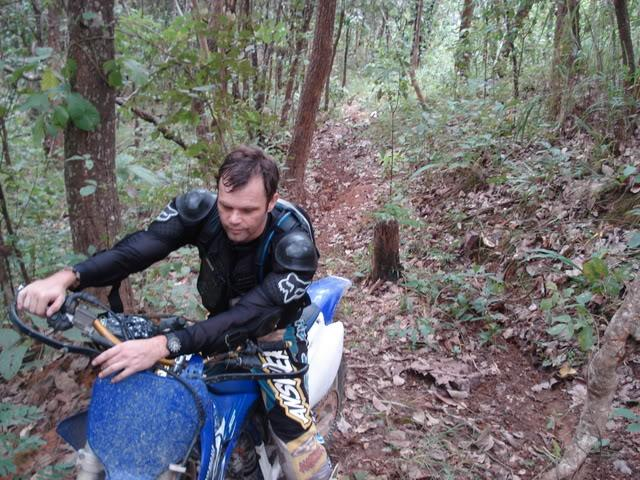 DSC02436.jpg /trails around doi sutthep/Touring Northern Thailand - Trip Reports Forum/  - Image by: