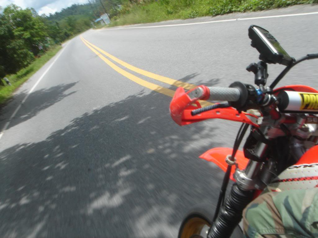 DSC02902.jpg in On any Sunday....a day's ride on the fly... from  siinthai at GT-Rider Motorcycle Forums