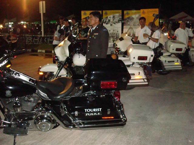 DSC07757Small.jpg /Khon Kaen Bike Week Vol 3  Sat 13th Nov 2010/Festivals &  Events - S.E. Asia/  - Image by: