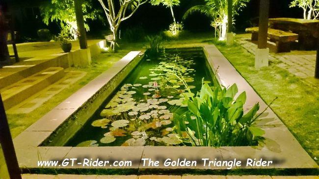 DSC_0025.jpg /Mae Rim Resturants/Restaurants - North Thailand/  - Image by:
