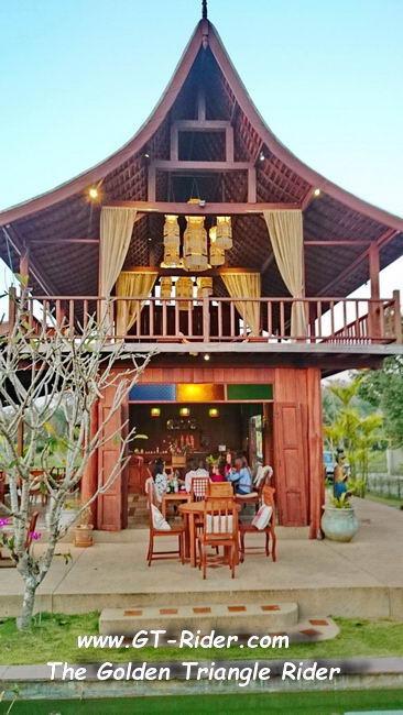 DSC_0406.jpg /Mae Rim Resturants/Restaurants - North Thailand/  - Image by: