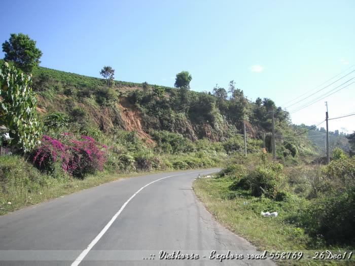 DSCF2084.jpg /::: Vietnam - ACE MTSG - Day trip to explore new roads/Vietnam - Motorcycle Trip Report Forums/  - Image by: