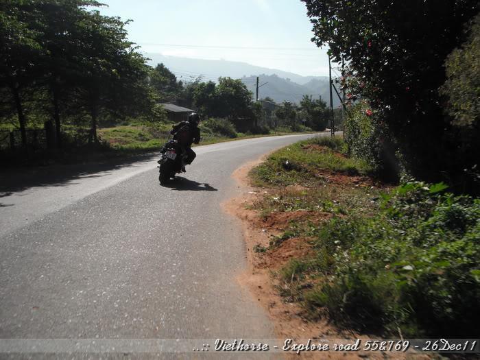 DSCF2098.jpg /::: Vietnam - ACE MTSG - Day trip to explore new roads/Vietnam - Motorcycle Trip Report Forums/  - Image by: