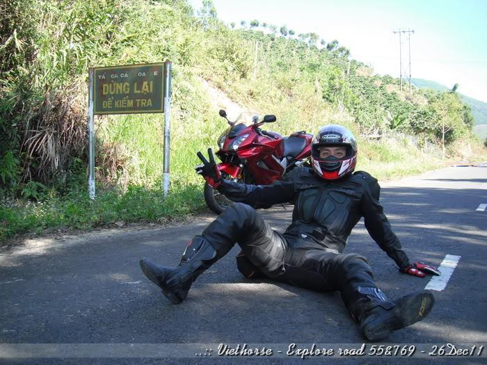 DSCF2140.jpg /::: Vietnam - ACE MTSG - Day trip to explore new roads/Vietnam - Motorcycle Trip Report Forums/  - Image by: